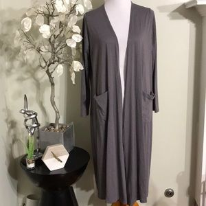 LULAROE GRAY LONG CARDIGAN